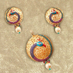 Glamorous Peacock Design Earring N Pendant Set