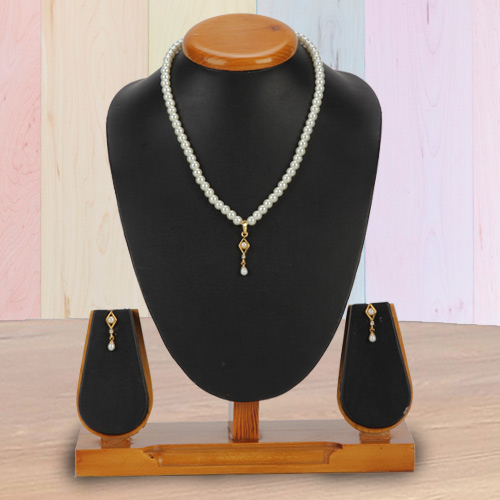 Remarkable Fashion Pearl Pendent  N  Earring Set in Barfi Shape