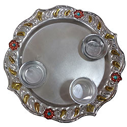 Extravagant Meenakari Aarti Thali with Enormous Merriment