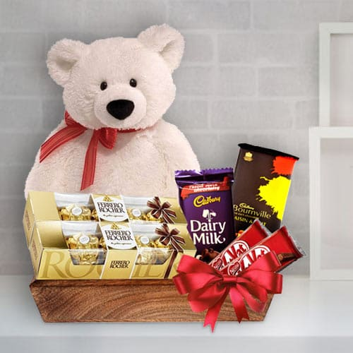 Indulgent X-mas Celebration Chocolate Gift Basket<br>
