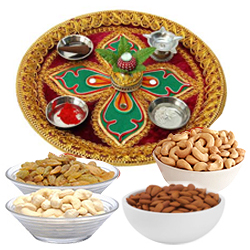 Thali with Almonds, Raisen, Cashews & Pistas