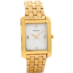 Delightful square shaped analog watch for gents from Titan Sonata