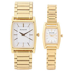 Impressionable Couple Set Watches from Titan Sonata in Golden Body