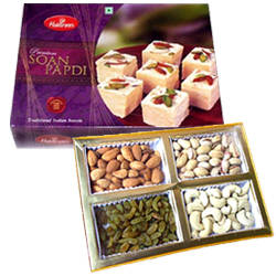 Soan Papri with Assorted Dry Fruits